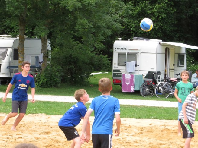 Tag6Volleyball2